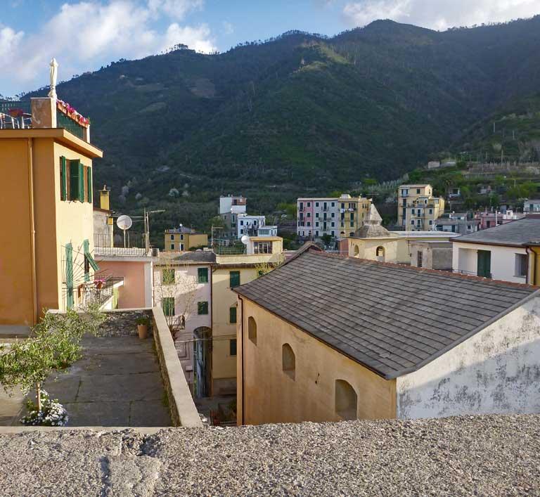 Corniglia houses