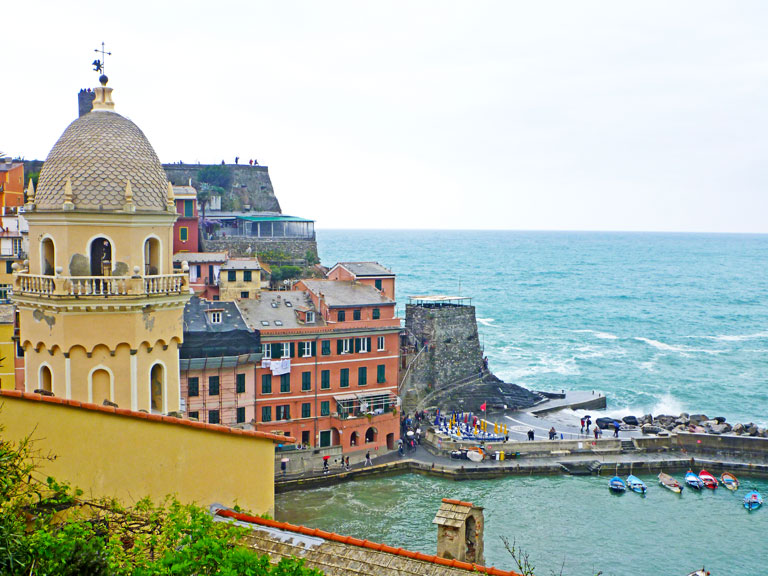 Vernazza from top